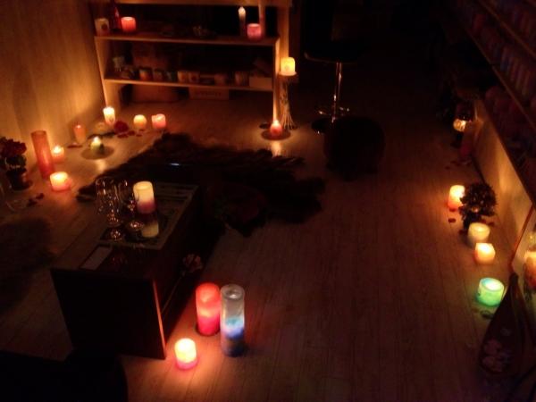 涼しい秋の夜に、キャンドルの灯りで癒しのひとときを…★