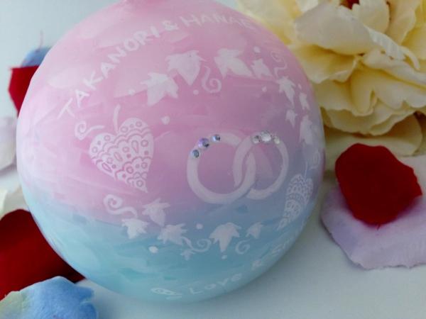 結婚祝いのプレゼントにお名前や日付の入ったオリジナルデザインのアロマキャンドルを