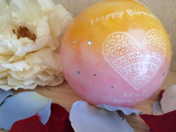 お友達の誕生日プレゼントに、キラキラ可愛いアロマキャンドルを★