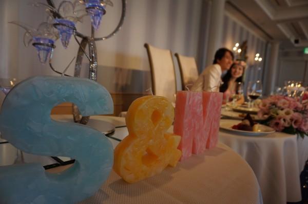 結婚式に♡とっても可愛く演出できるイニシャルキャンドルを♡