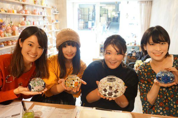 静岡県の浜松からお越しいただいたお客様♪わいわい楽しくトルコランプを作ってくださいました♪